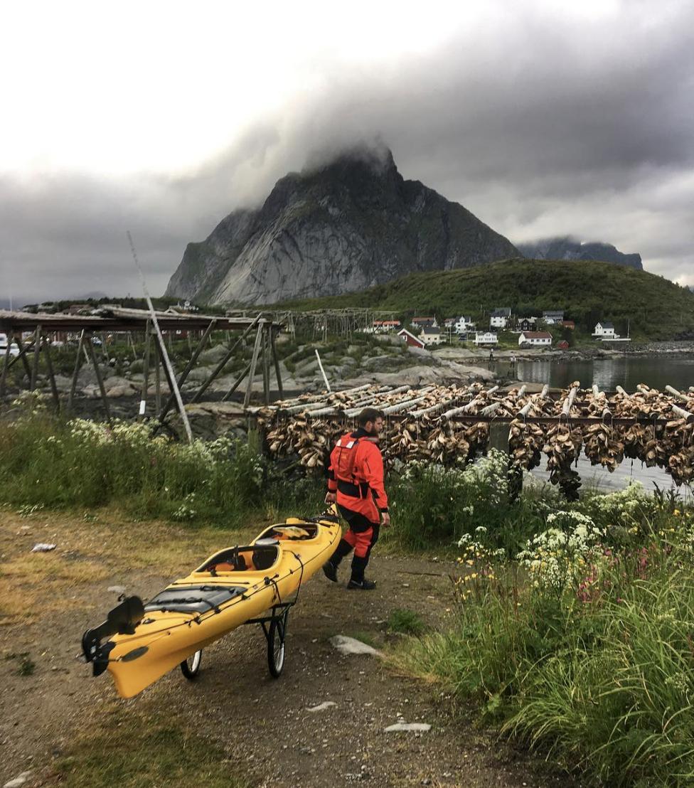 Opplev Lofoten - kajakkturer, om Paddling Reine